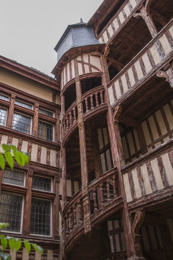 Jolie cour intérieure Troyes dans l'Aube