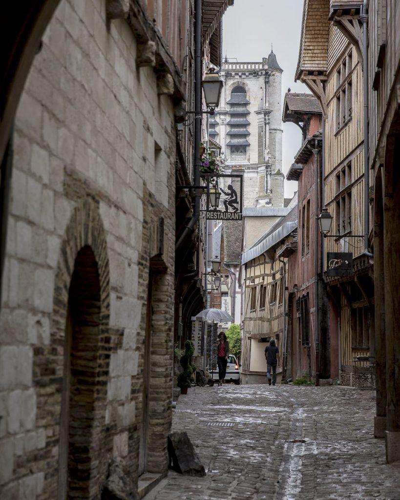 Ruelle de la vieille ville de Troyes