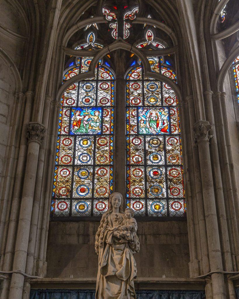 Vierge aux raisins de la basilique Saint Urbain Troyes Champagne
