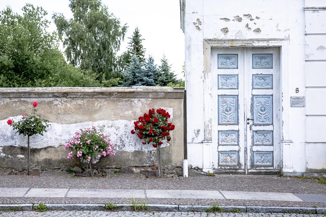 Façade de Putbus en Allemagne sur l'ile de Ruegen dans la mer baltique