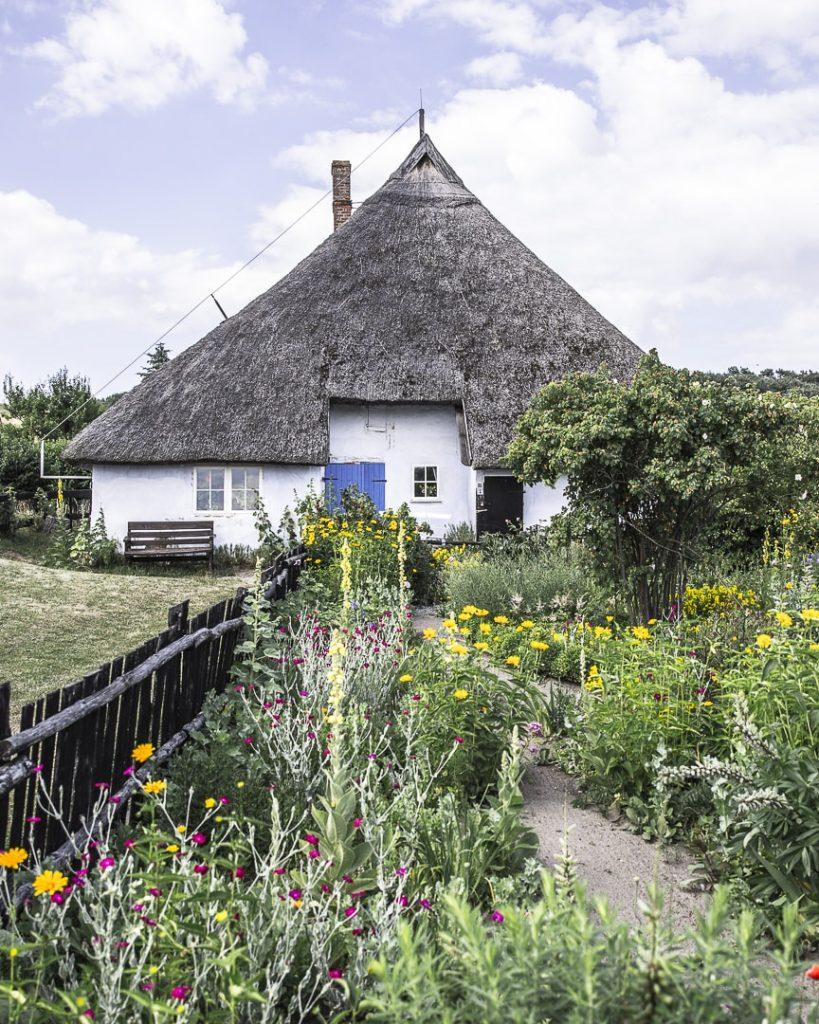 ruegen-mer-baltique-allemagne-maison-typique-monsgut