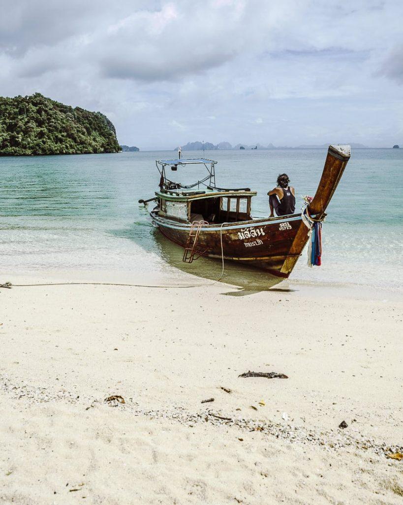 Long tail boat sur Koh Pak Bia - Thaïlande