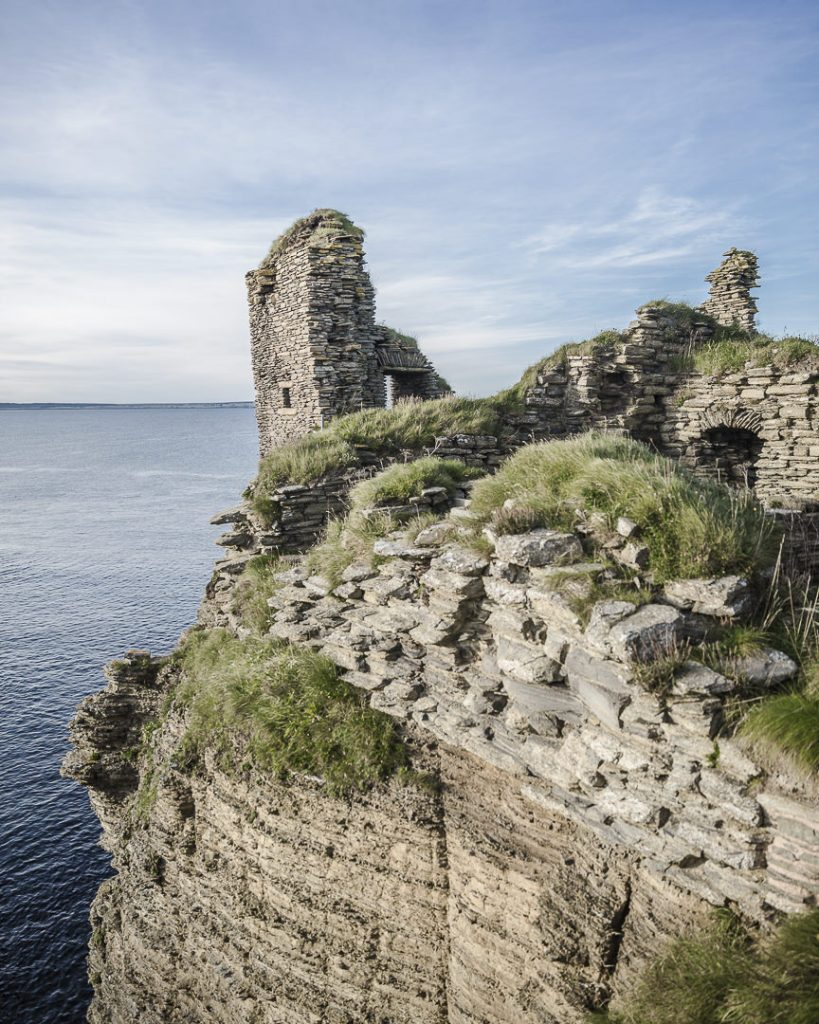 Les ruines en bord de mer du chateau de Sinclair-Girnigoe - Ecosse
