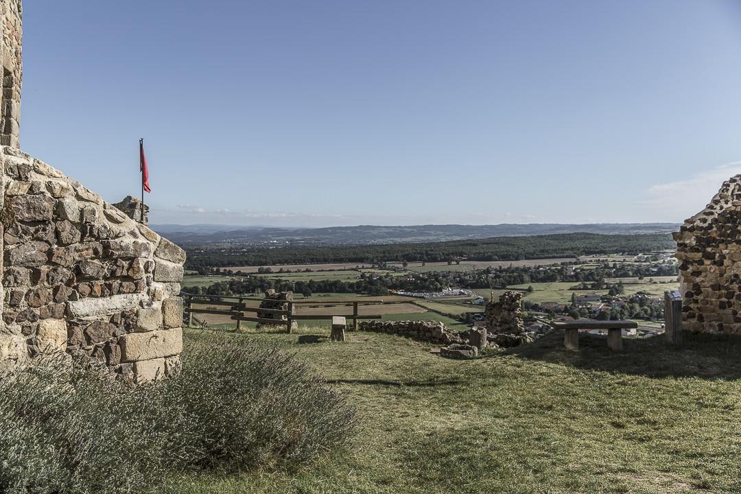 Vue sur le Forez depuis Saint romain le Puy - Loire, France