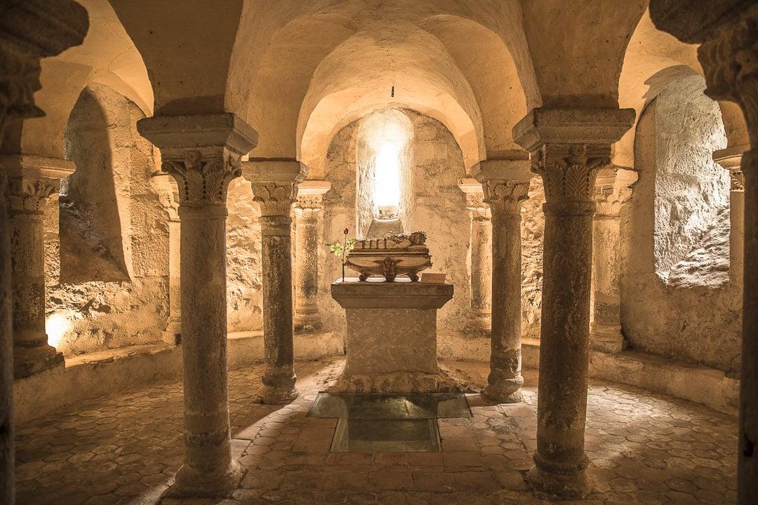 Crypte de l'eglise de Champdieu, village de caractère de la Loire - France