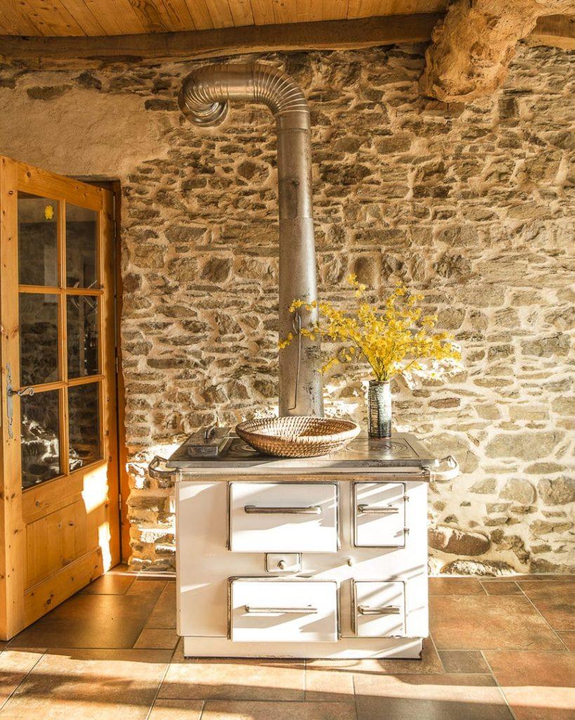 Salle à vivre chambre d'hôte la Boutarie - Farnay, Loire - France