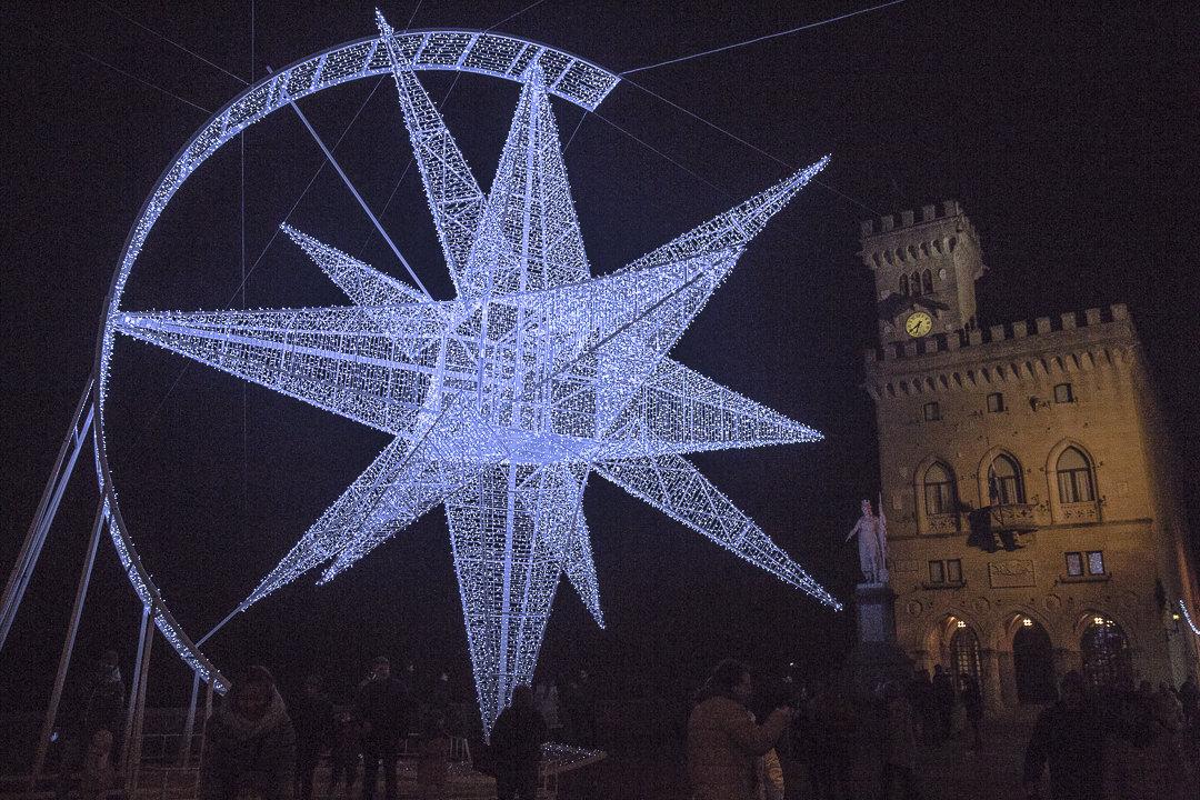une étoile pour Noël à Saint Marin