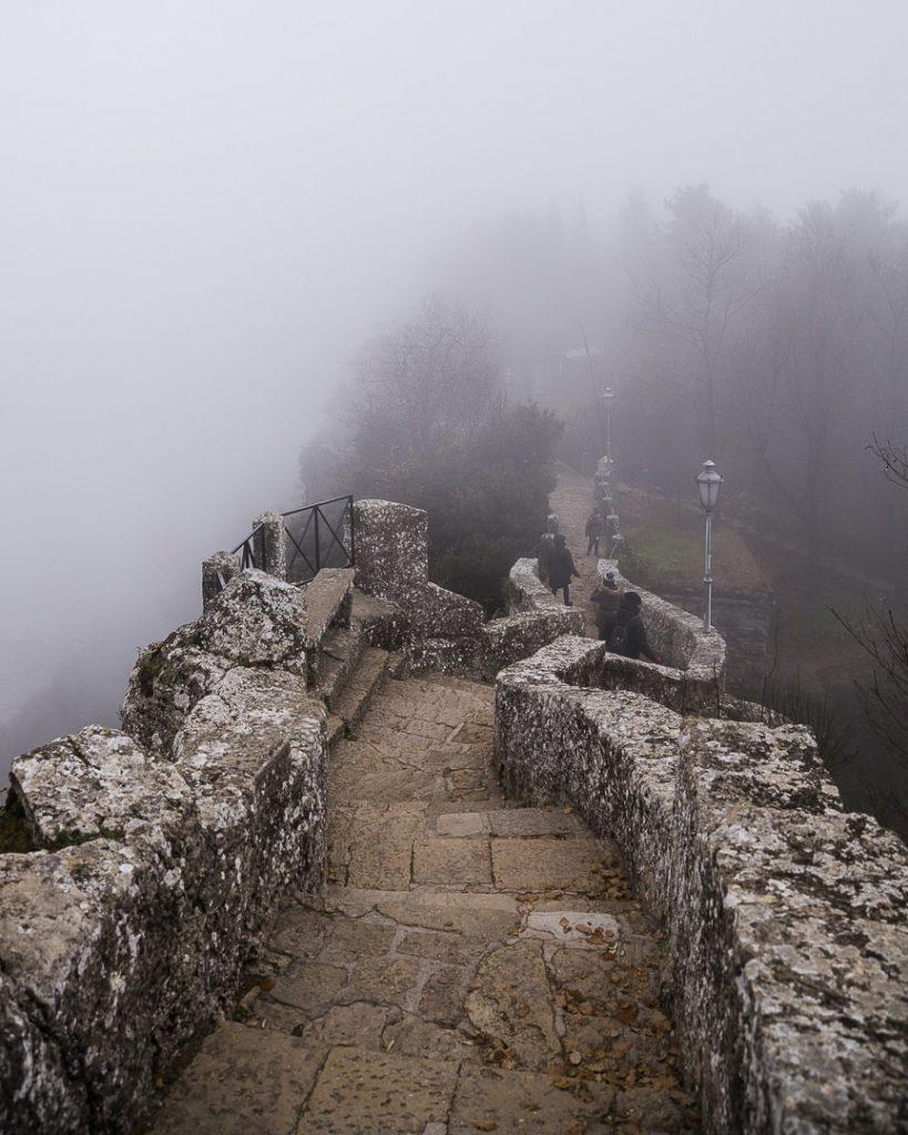 noel-a-saint-marin-le-chemin-des-sorciere