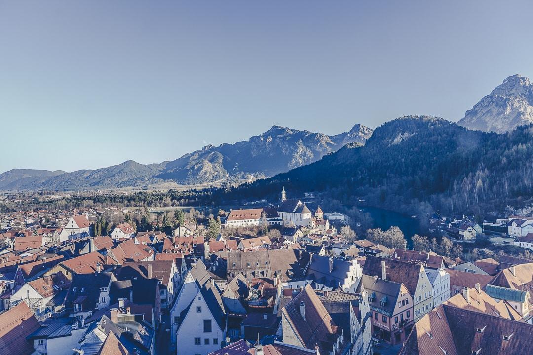 Vue sur Füssen depuis la tour du chateau - Bavière, Allemagne
