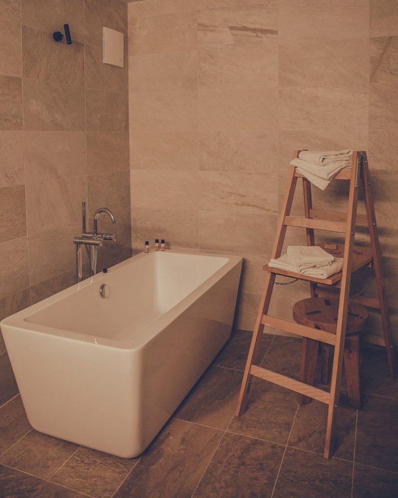 Salle de bain de l'hotel Obertsdorf en Bavière - allemagne