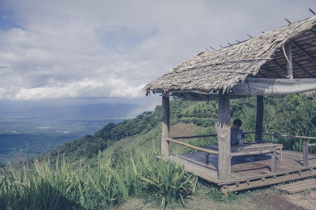 De la culture de pavot aux projets royaux nord de la thailande, le projet royal Hong Hoi près de Chiang se visite et offre de très belles vues sur les montagnes