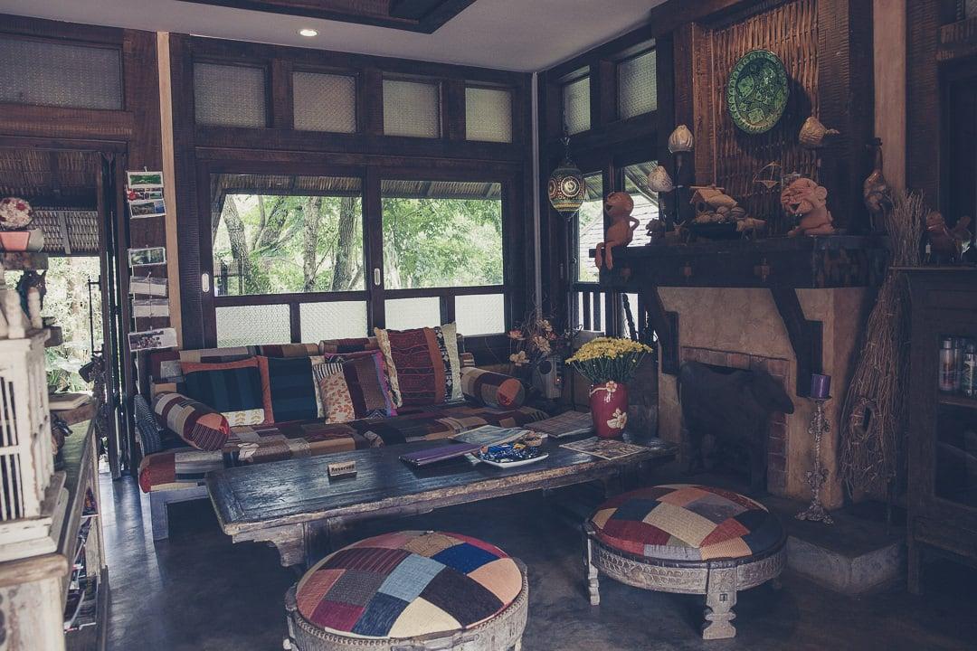 Café du resort Baan Mon Muan situé au coeur des montagnes à 45 mn de Chiang Mai au nord de la Thaïlande