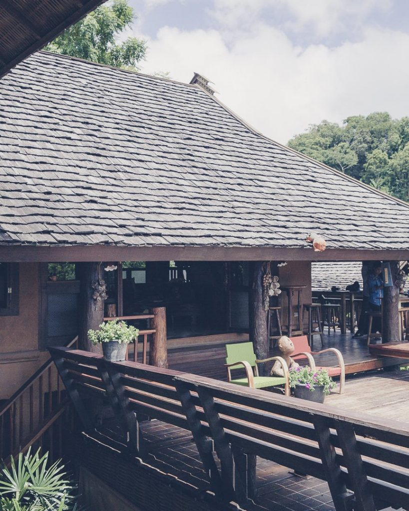 Terrasse du resort ban mon muan au nord de la Thaïlande vers Chiang Mai