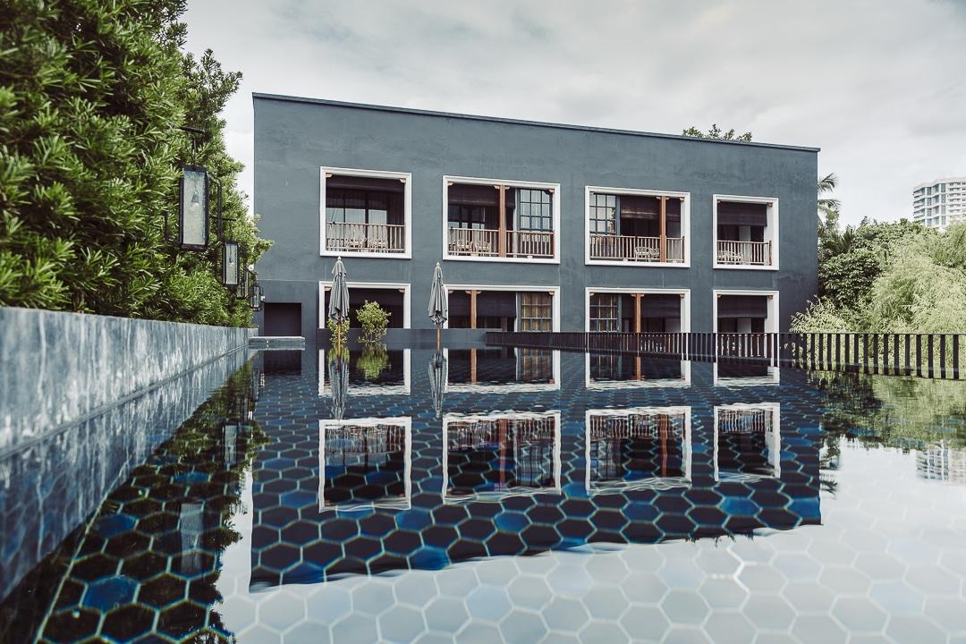 Hotel des artists ping silhouette Chiang Mai - Vue depuis le jardin