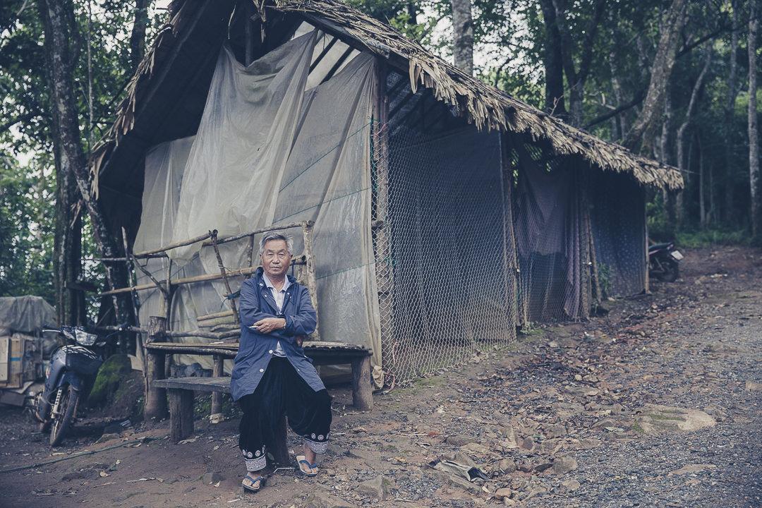 Un papi Hmong à Mon Cham, nord de la Thailande