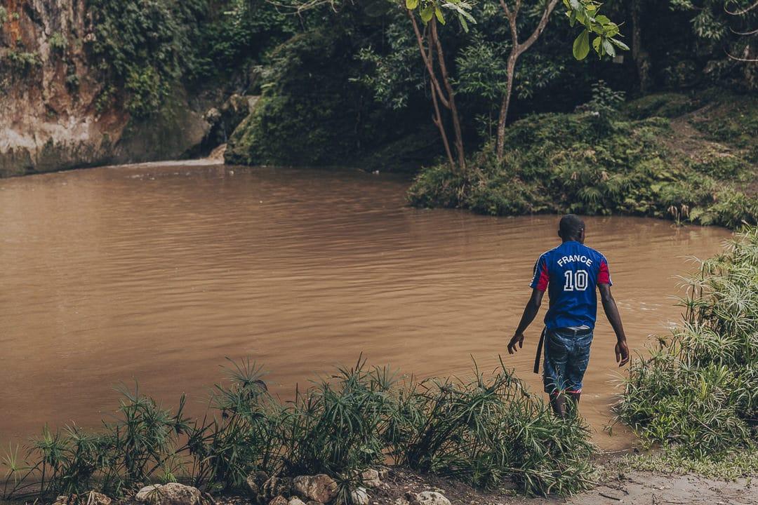 Bassin bleu transformé en bassin marron - Haiti