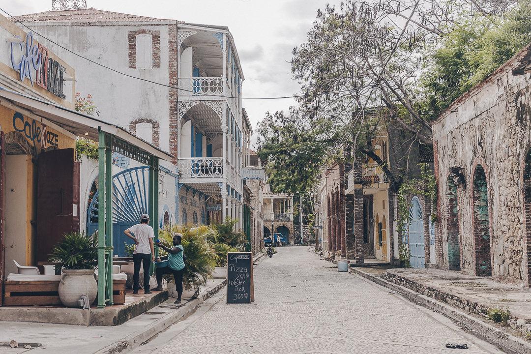 Rue du commerce, la plus belle rue de Jacmel - Haïti