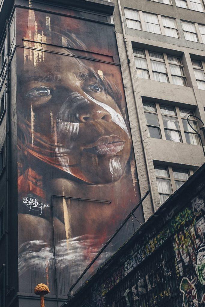 Oeuvre d'Adnate, un célèbre artiste urbain australien sur Hosier Lane à Melbourne - Australie