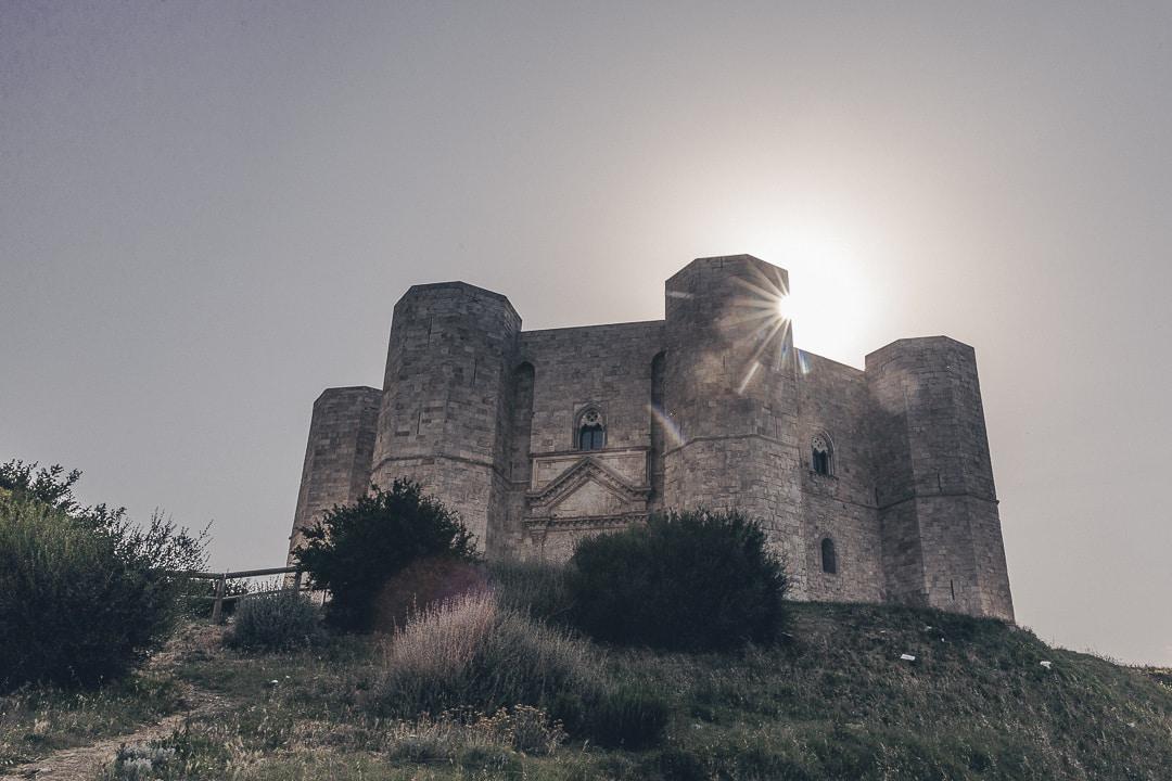 Coucher de soleil sur Castel del Monte - Pouilles, Italie