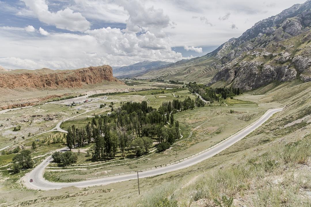 Sur la route de Naryn à Kazarman - Kyrghizstan