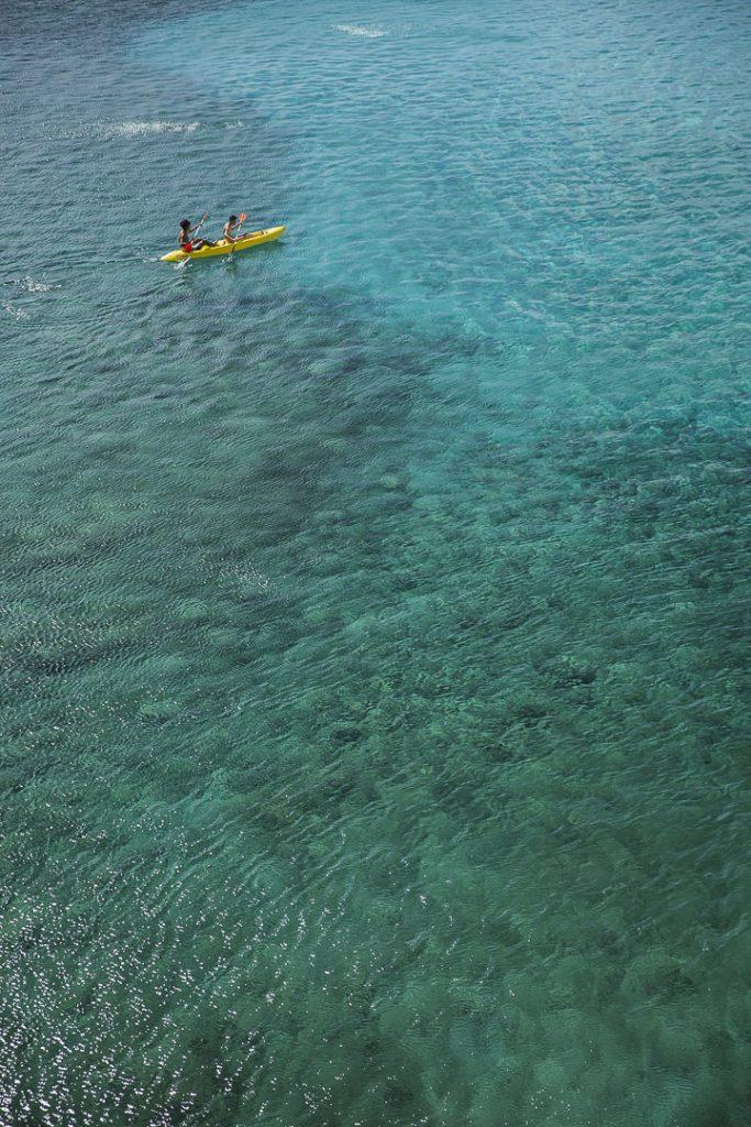 Kayak dans un lagon à Tahiti ? Non kayak dans les Pouilles en Italie ! #italie #Puglia