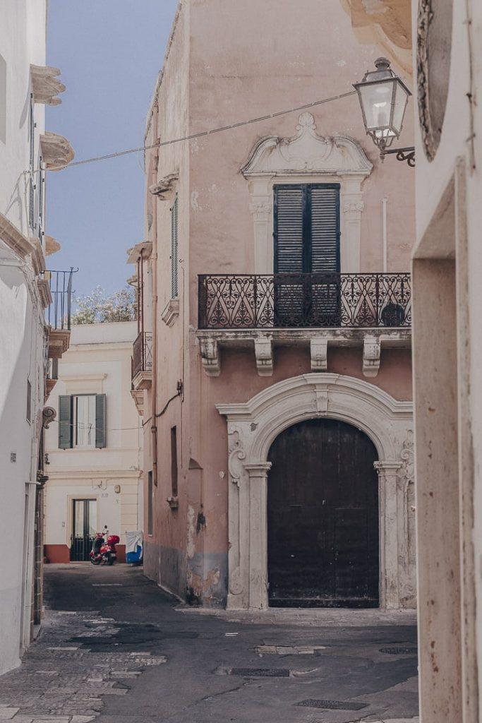 Dans les rues de Gallipoli - Les Pouilles, Italie