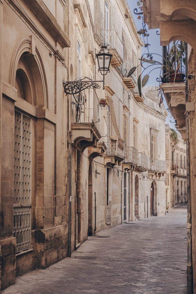 Ruelle de Lecce - Les Pouilles, Italie