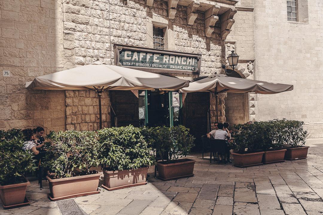 Café Roncchi - Les Pouilles, Italie