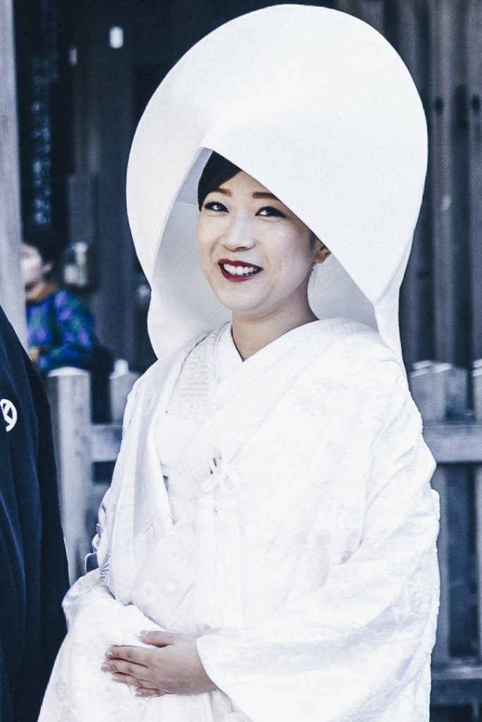 Une jolie mariée au sanctuaire de Meiji-Jingu à Tokyo #mariage #japon