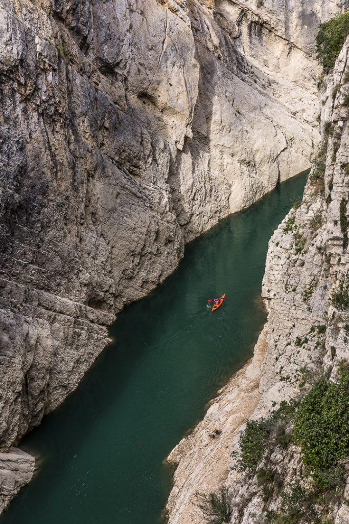 Kayak dans les gorges du Mont Rebai - Catalogne #macatalogne #catalogne