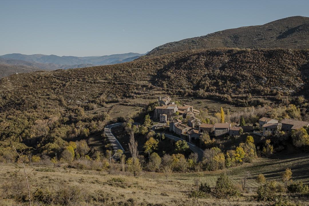 Village sur les routes des pyrénées catalanes