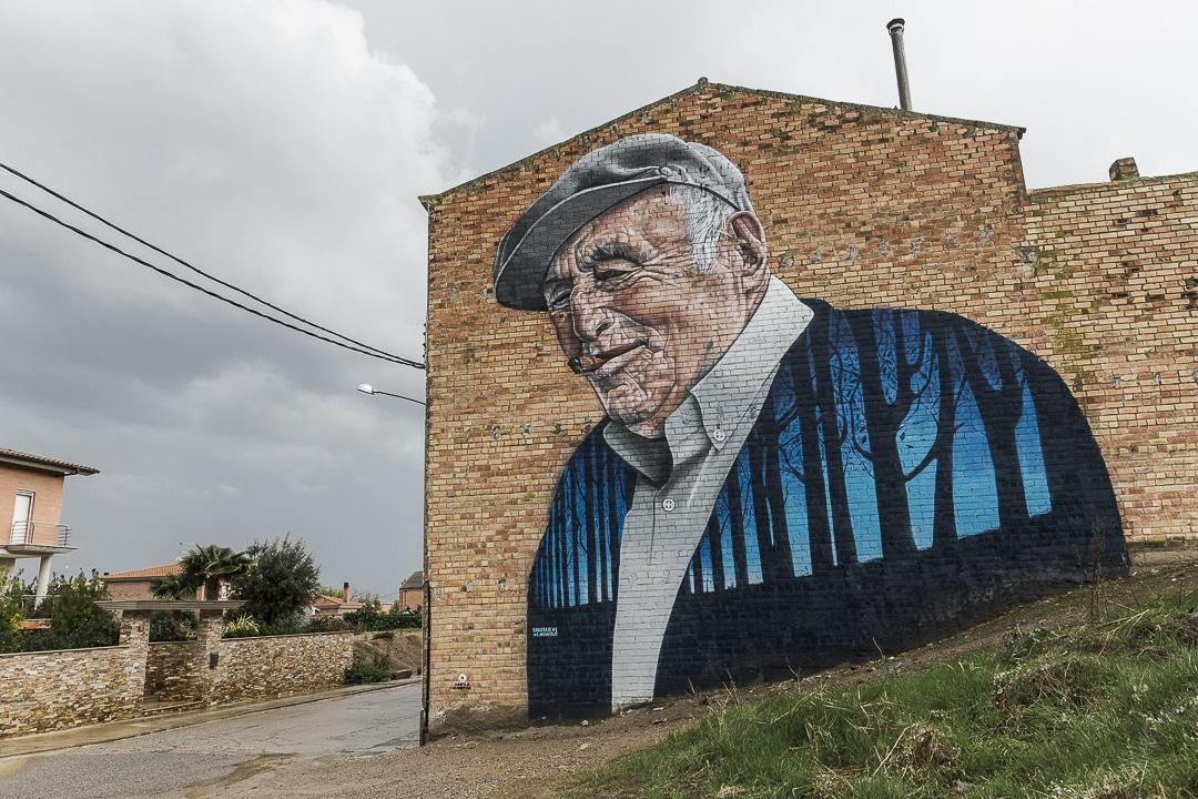 Penelles, un village de Catalogne où il y a plus de street art que d'habitants #catalogne #streetart #macatalogne