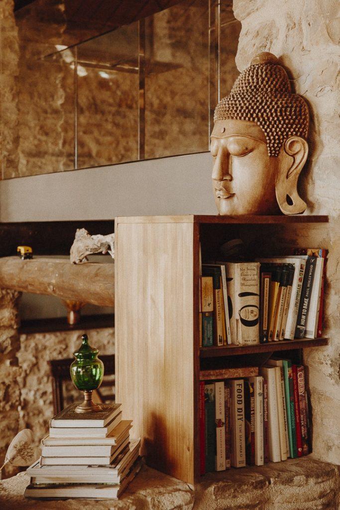 Dans la pièce principale de la Casa Guilla, maison d'hote à Santa Engracia en Catalogne #roadtrip #catalogne
