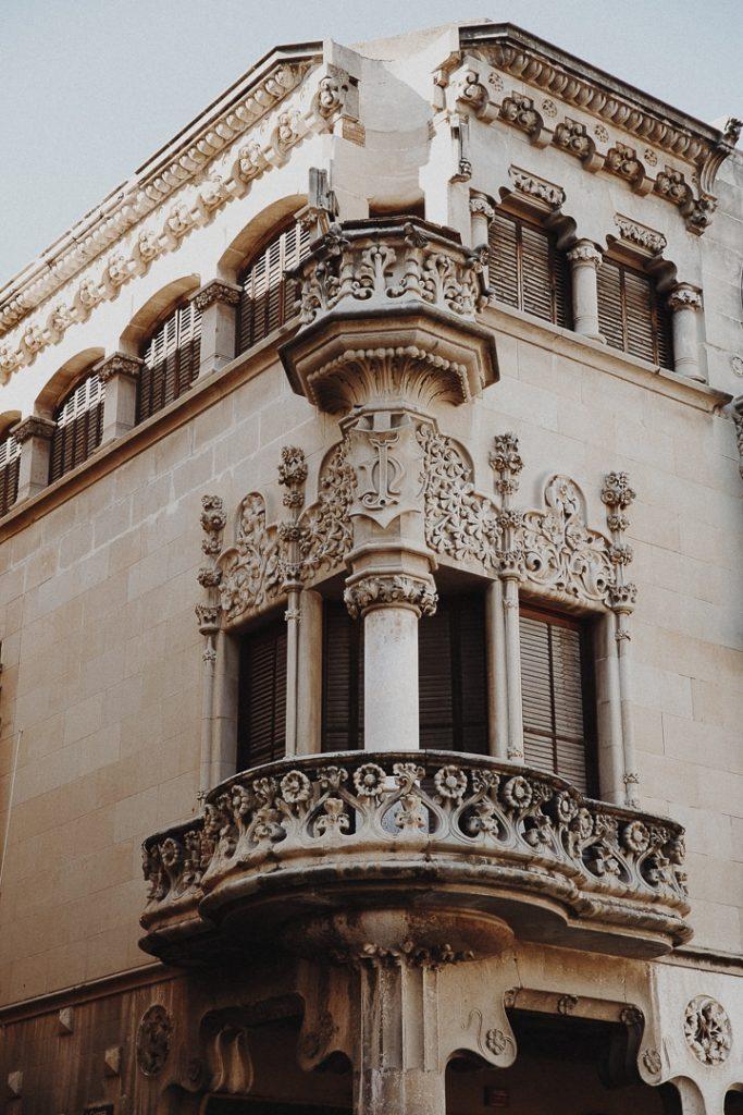 Détail de la casa navas à Reus en Catalogne