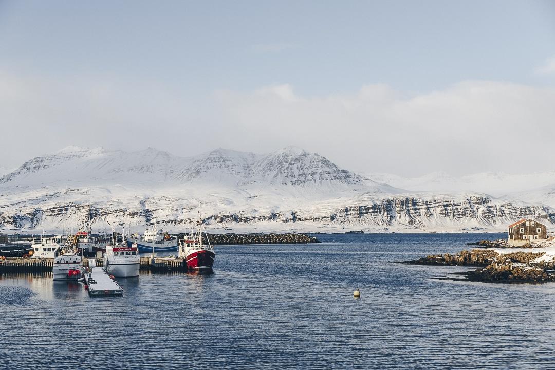 Où dormir pas cher en Islande ? Djupivogur au coeur des fjords de l'est constitue une belle étape après le cercle d'or et le sud #islande #hiver #hotels