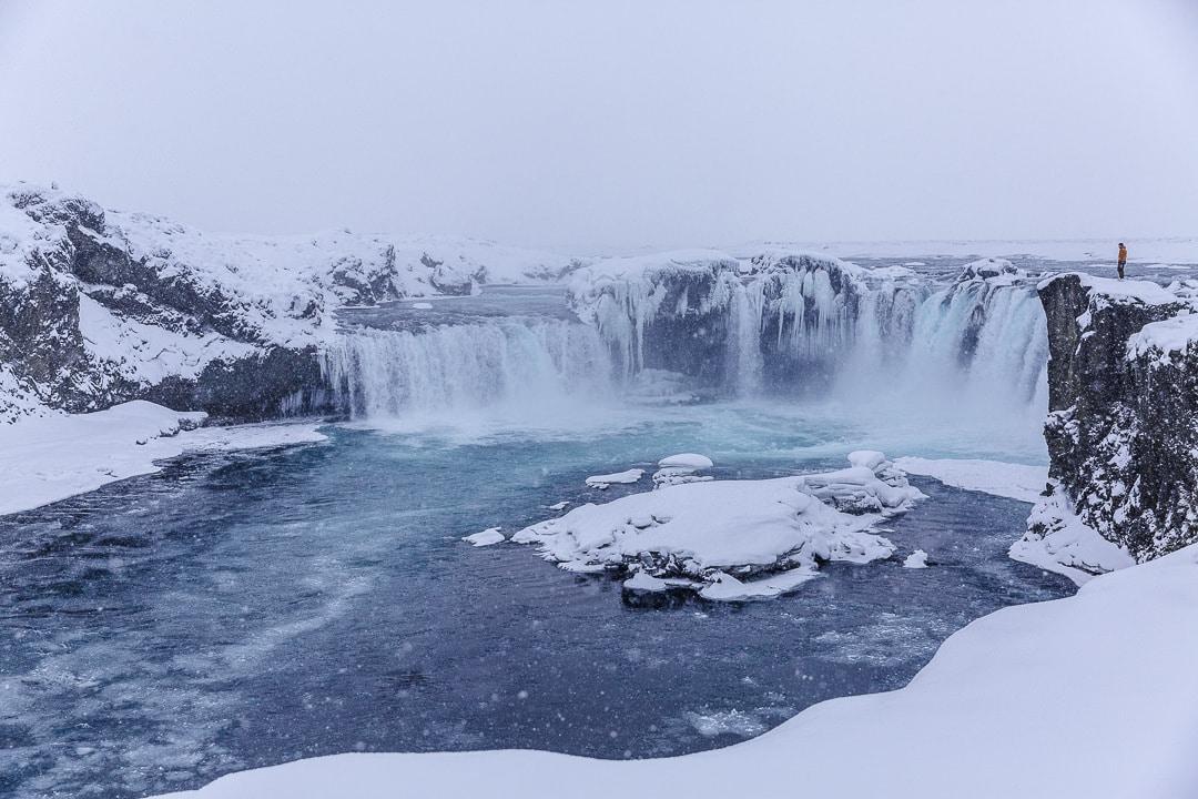 Godafoss, de sublimes chutes situées entre Husavik et Myvatn #roadtrip #islande #godafoss