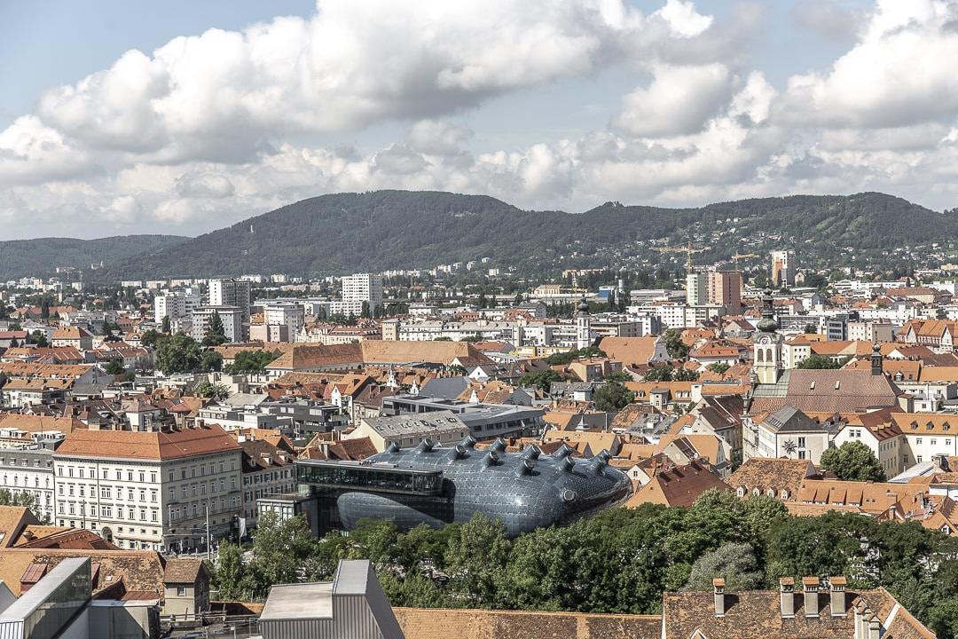 Kunsthaus, le bâtiment furturiste de Graz #autriche #graz #visitgraz