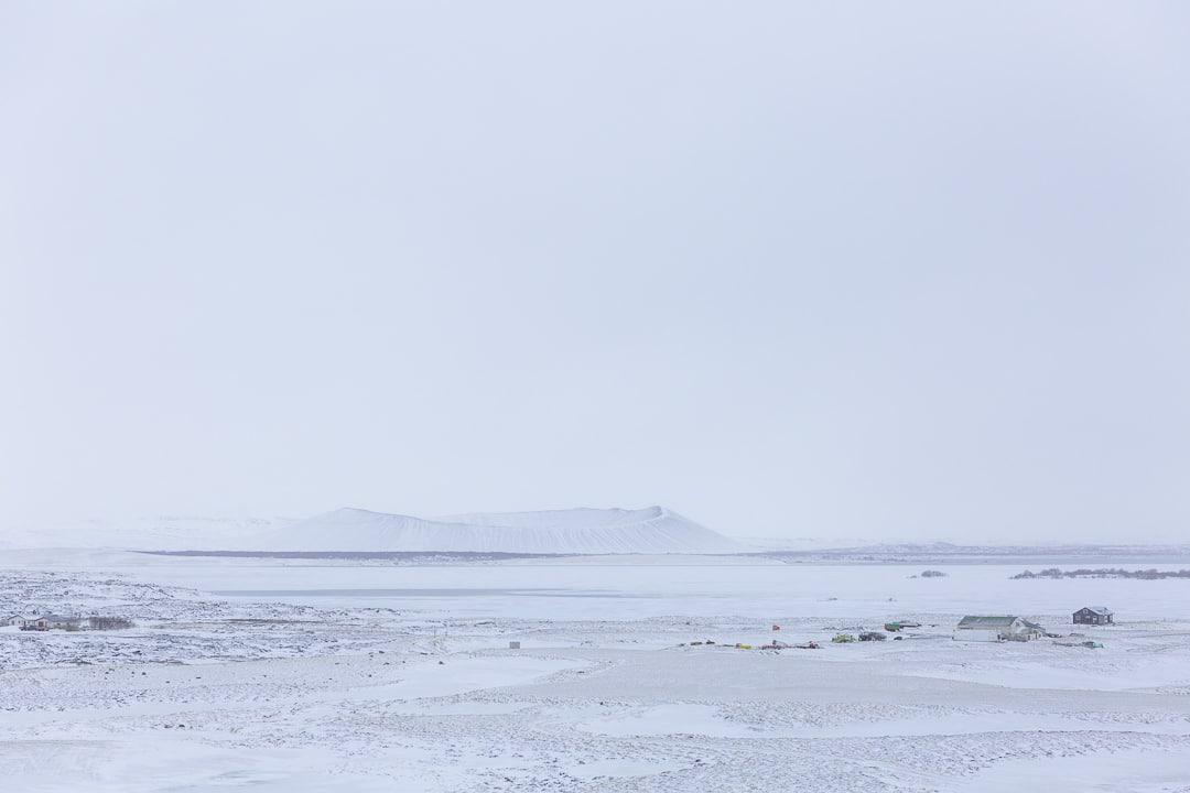 Volcan de Hverfjall près du lac de Myvatn #roadtrip #islande