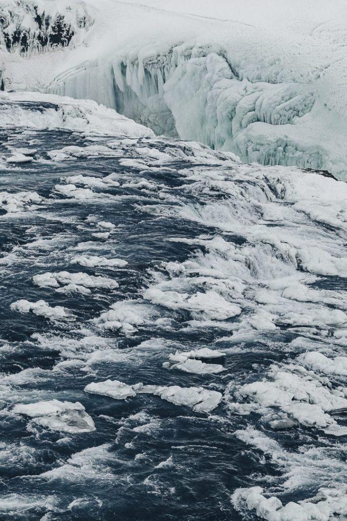 Les chutes de Gullfoss à voir lors d'un road trip en hiver en Islande