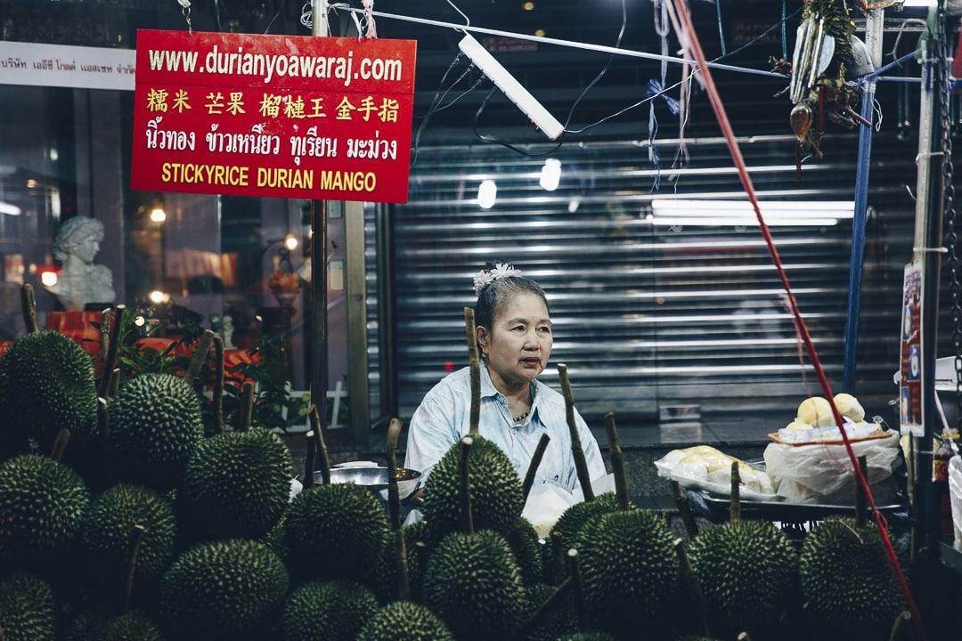 Chinatown est le quartier à visiter de nuit à Bangkok #chinatown #bangkok #thailande