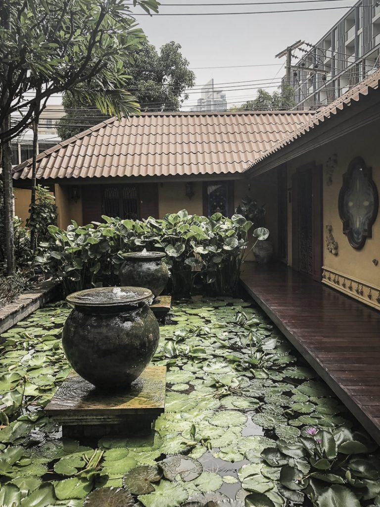Pause à l'oasis spa à bangkok pour un massage thai traditionnel #bangkok #thailande