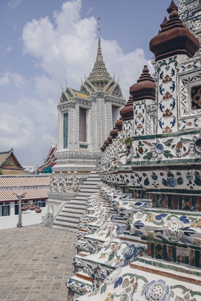 Le wat Arun à Bangkok vient d'être rénové. Il est sublime. Incontournable lors d'un stopover de 3 jours à Bangkok #thailande #bangkok