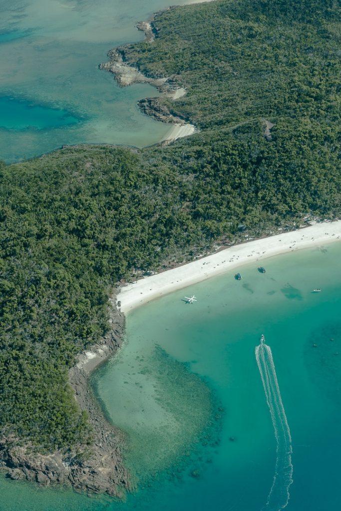 Le petit camping de Whitehaven beach vu du ciel #whitehavenbeach #whitsundays #queensland
