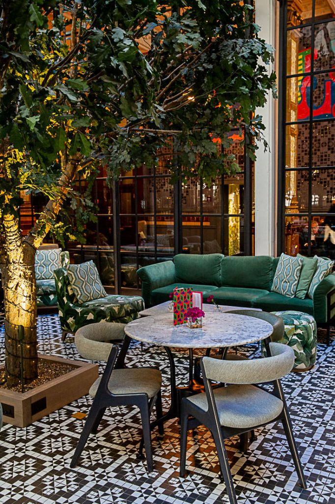 Jardin d'hiver du restaurant Refuge by Volta à Manchester, une bonne adresse pour manger des tapas à Manchester #bestofMCR #lovegreatbritain #angleterre