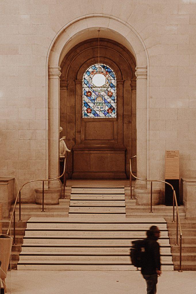 entrée de la bibliothèque centrale de Manchester #bestofMCR #lovegreatbritain #angleterre