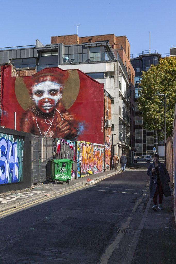 Fresque de Dale Grimshaw qui se trouve à Manchester en Angleterre #streetart #bestofMCR #lovegreatbritain