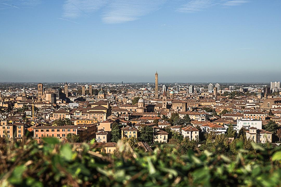 Vue panoramique sur Bologne depuis San Michele in Bosco
