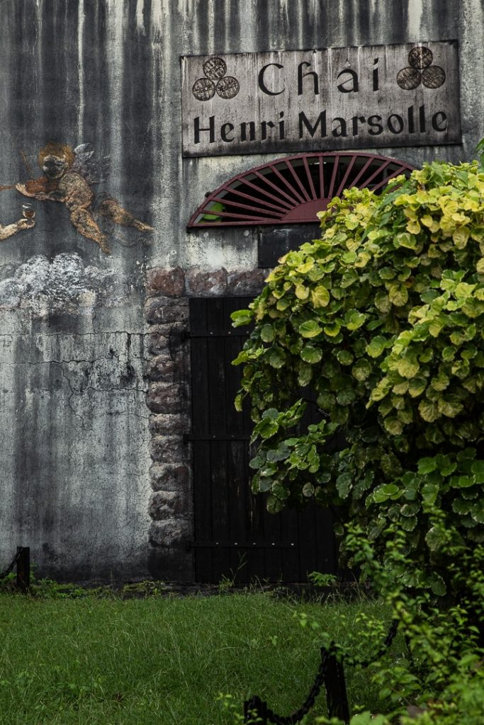 Entrée du Chai Henri Masolle à la distillerie Séverin #ilesdeguadeloupe