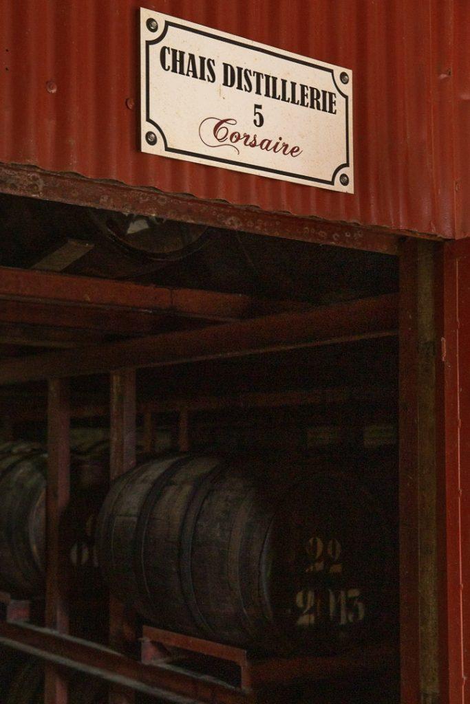 Entrée du Chais à la distillerie Reimonenq
