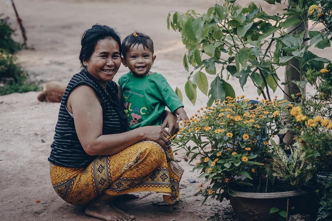 La grand-mère et son petit-fils dans ma homestay au Cambodge